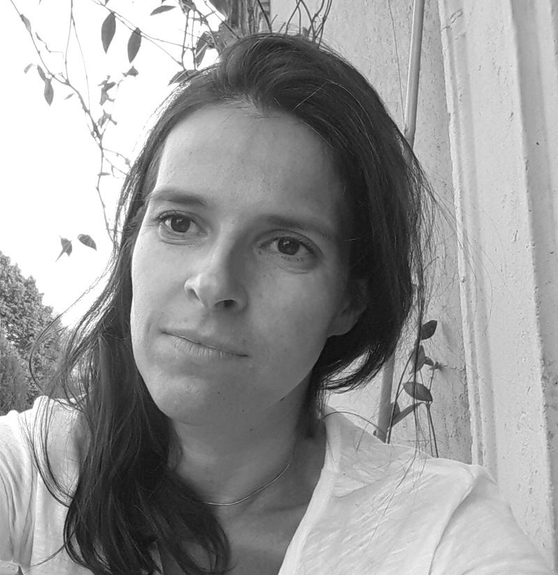 Dra. Ana Coimbra
